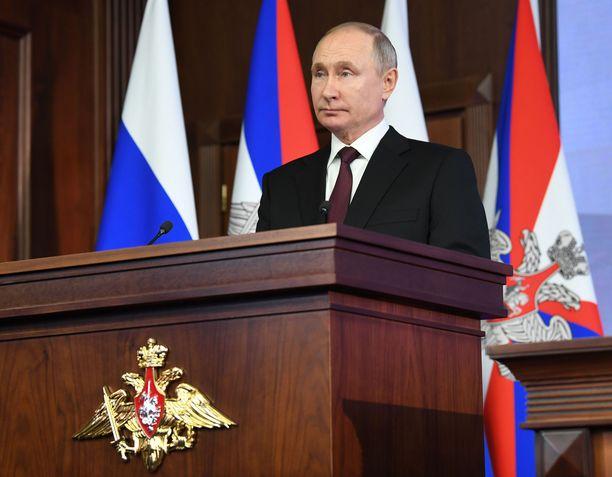 Vladimir Putinin ei tarvitse pelätä poliisia.