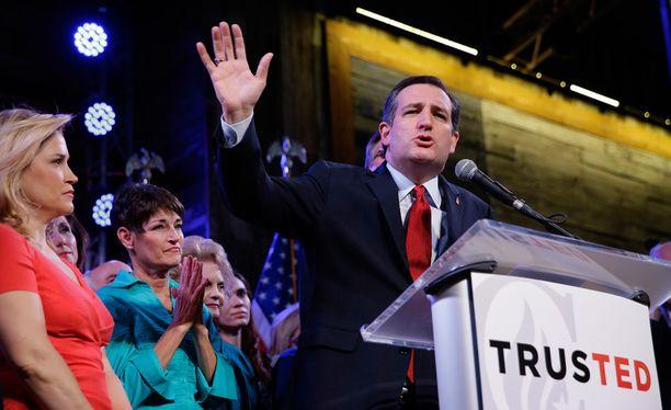 Ted Cruz sanoi ottavansa avosylin vastaan vastaehdokkaidensa kannattajat ja toivoi kaikkia muita yhdistymään hänen taakseen Donald Trumpia vastaan.