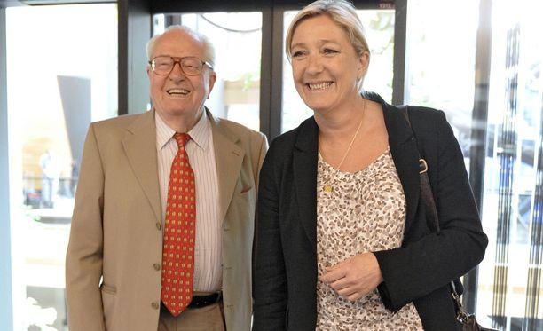 Le Penit, isä ja tytär Jean-Marine ja Marine.