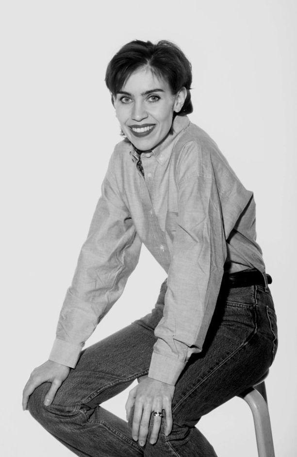 Laulaja Anna Hanski valokuvattuna vuonna 1996 suosionsa huipulla.