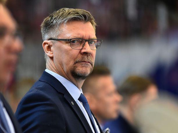 Jukka Jalonen oli erittäin tyytyväinen Suomen peli-ilmeeseen.