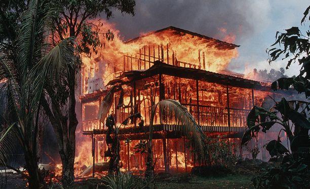 Etenevä laava on tuhonnut jo ainakin 75 asuintaloa.