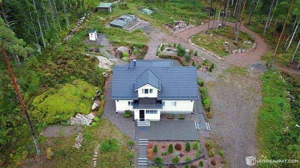 Talo sijaitsee Porvoossa Epoon alueella.