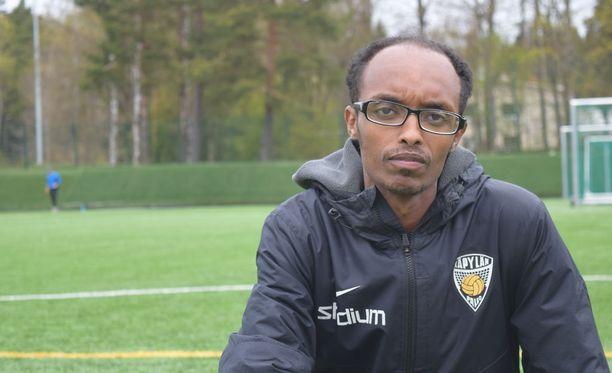 Abdi Abdirahman Mohamedin valmentama KäPan vuonna 2005 syntyneiden joukkue tunnetaan Keski-Euroopassa.