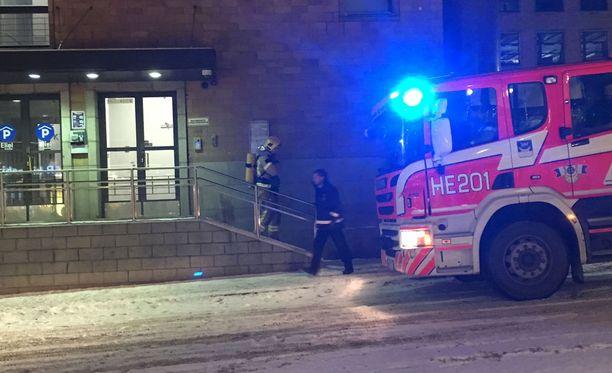 Pelastuslaitos kävi paikalla tutkimassa tilannetta ja sitä, mikä aiheutti palohälytyksen.