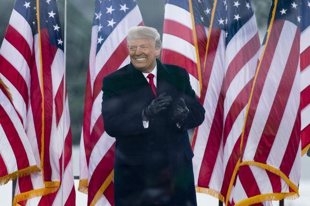 USA:n presidentti Donald Trump on viime päivinä menettänyt suosiotaan omassa republikaanipuolueessaan.