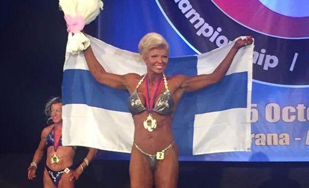 Tiina Jylhä voitti oman sarjansa, lisäksi hänet palkittiin turnauksen parhaana kisaajana.