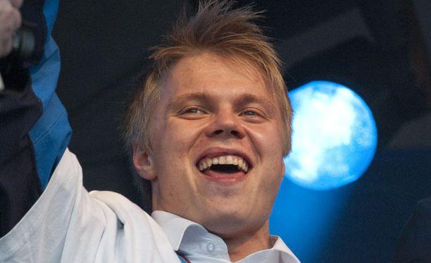 Mikael Granlund oli eilen kansanjuhlan suurimpia staroja.
