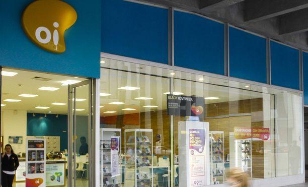 Finnvera kertoi jo viime vuoden alkupuoliskolla, että brasilialainen teleoperaattori Oi on hakenut velkasaneerausta. Pörssiyhtiö Oi on itse julkistanut, että sillä on Finnveran takaamia luottoja noin 500 miljoonan euron arvosta