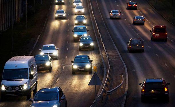 Pohjanmaalla Ilkka-lehden aprillipila otettiin joidenkin autoilijoiden keskuudessa todesta.
