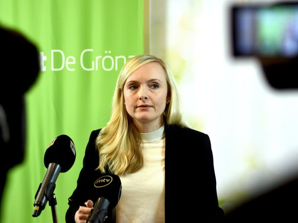 Vihreiden puheenjohtaja, sisäministeri Maria Ohisalo puhui vihreiden puoluevaltuuskunnan kokouksessa etäyhteydellä.