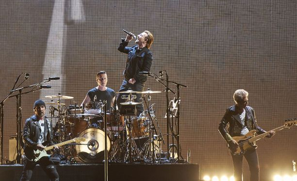 U2 joutui perumaan konserttinsa.