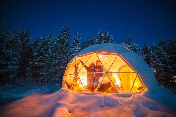 Aurora Domessa telttailee laadukkaasti. Lämpöä riittää myös talvioloissa.
