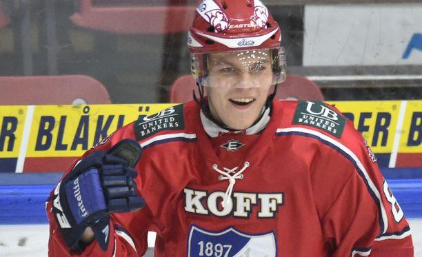 Joonas Rask ampui ottelun voittomaalin Oulussa.