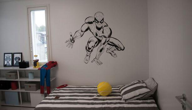 Pienen hämähäkkimiehen huone.