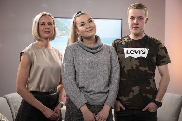Iltalehden viihdetoimittaja Miia Vatka jututti Jonnan ja Jannen.