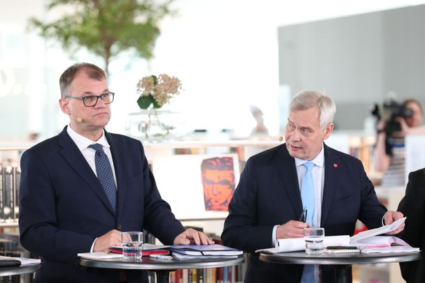 Juha Sipilästä ei tule ministeriä, vaikka keskusta onkin hallituksessa. Antti Rinne on nousemassa Suomen pääministeriksi.