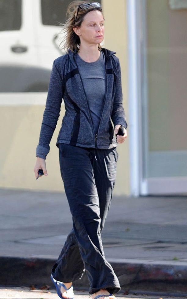 Ally McBeal -sarjan tähti viihtyy rennoissa ja mukavissa vaatteissa.