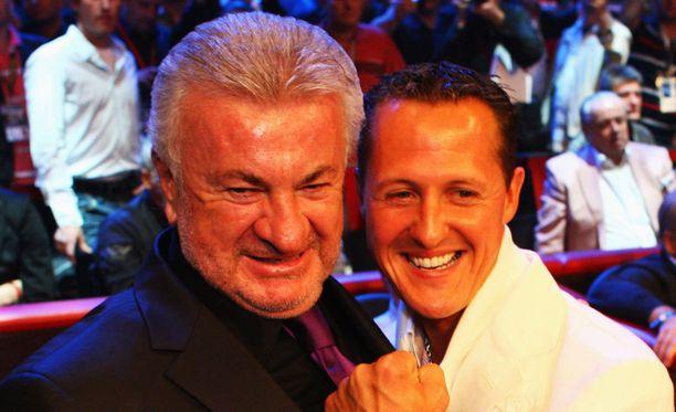 Willi Weber (vasemmalla) työskenteli pitkään Michael Schumacherin kanssa.