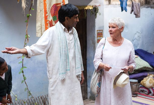 Intia ja The Best Exotic Marigold Hotel kutsuvat brittisenioreita.