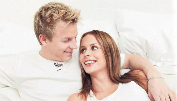 UNELMAPARI Iltalehden lukijat valitsivat Kimin ja Jennin ylivoimaisesti kuumimmaksi julkkispariksi.