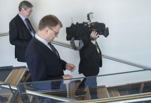 Juha Sipilä voisi halutessaan siirtyä eduskunnan puhemieheksi. Se olisi pääministerille kunniakas tapa jättää valtakausi taakseen.