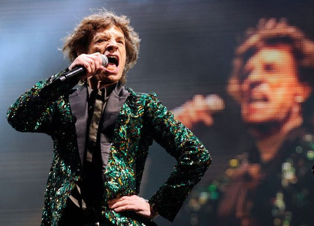 Vierivä kivi ei sammaloidu, ovat Rollarit osaltaan todistaneet. Kesäkuun lopussa Rolling Stones esiintyi Glastonburyn festivaaleilla Englannissa.