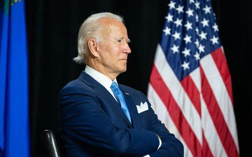 Lisää republikaaneja virtaa Bidenin taakse – joukossa entinen presidenttiehdokas ja ex-kuvernöörejä