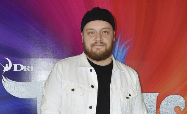 Kasmirin osuus Tanssii tähtien kanssa -kilpailussa päättyi kahden lähetyksen jälkeen.