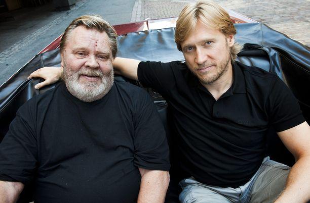 Vesa-Matti Loiri ja Samuli Edelmann tähdittivät 2011 yhdessä Mika Kaurismäen elokuvaa.