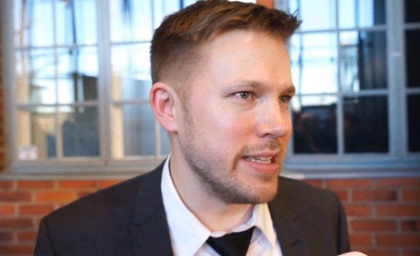 Juha Perälä kuuluu Suomen suosituimpiin radiotähtiin.