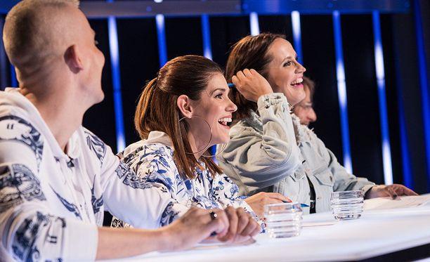 Idols-tuomarit vasemmalta oikealle: Elastinen, Jannika B, Maija Vilkkumaa ja Jone Nikula.