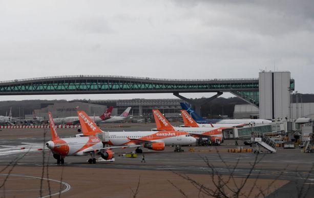Gatwickin lentokentän toiminta meni sekaisin dronejen häirinnän vuoksi.