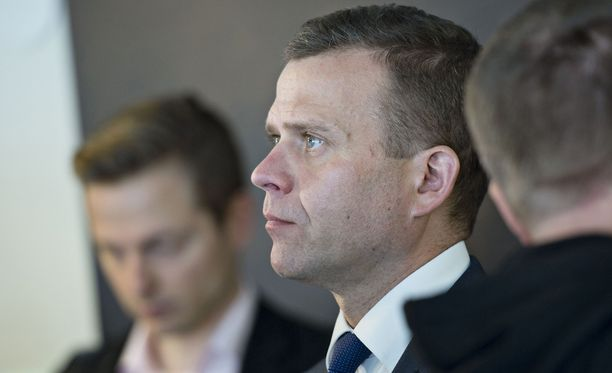 Valtiovarainministeri Petteri Orpo (kok) on aiemmin ilmaissut harminsa verosopimuksen hitaasta käsittelystä Portugalissa.