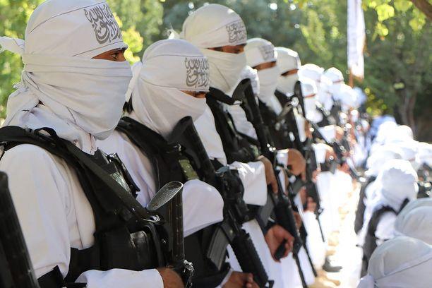 Taliban on propagandamateriaaleissaan alkanut esitellä sotilaitaan amerikkalaisvarustuksessa.