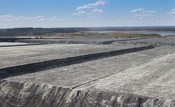 Kainuun ELY-keskus määräsi konkurssiin menneen Talvivaara Sotkamon palauttamaan ennalleen kaksi kaivoksen pilaamaa lähijärveä eli Salmisen ja Ylä-Lumijärven. Kuvituskuva.