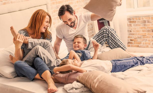 Lapsiperheiden arjessa kannattaa raivata tilaa kiireettömille yhteisille hetkille.