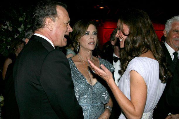 Kate keskusteli Tom Hanksin ja Rita Wilsonin kanssa.