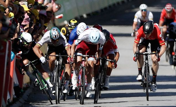 Näin päättyi Mark Cavendishin etappi ja Peter Saganin Tour.
