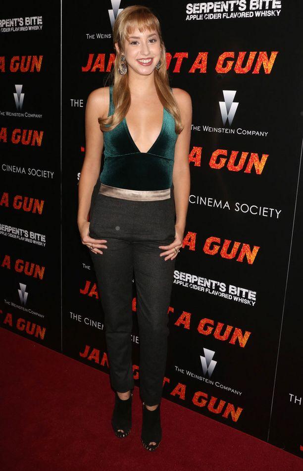 Jazmin Grace Grimaldi haaveilee näyttelijän ja laulajan ammateista.
