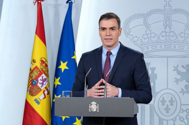 Pääministeri Pedro Sánchez julisti Espanjaan hälytystilan perjantaina.