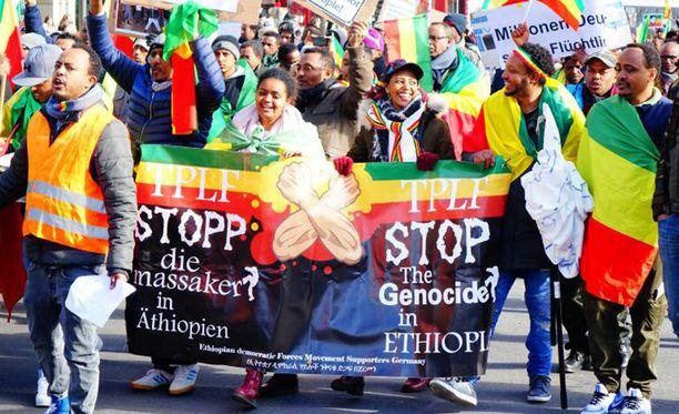 Etiopian kansanmurhaa vastustava mielenosoitus Berliinissä helmikuussa 2018.