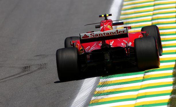 Kimi Räikkönen ajoi tasaisesti oman kisasimulaationsa.