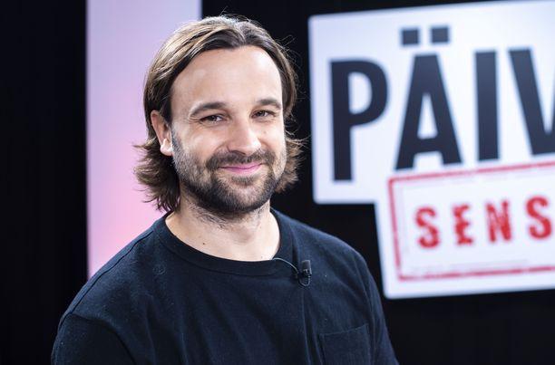 Mikko Parikka tunnetaan parhaiten roolistaan Salatut elämät -sarjan Jirinä.