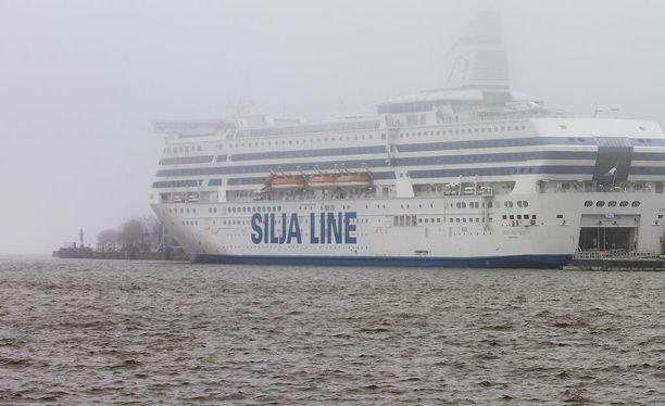 Järkyttävä pahoinpitely Silja Serenadella johti pitkään vankeustuomioon ja suuriin korvauksiin.