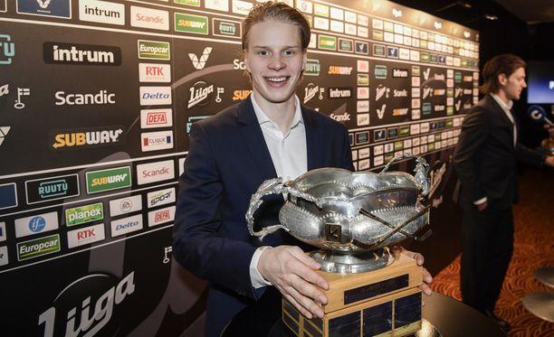 Antti Suomela vei pistepörssin ja sai käsiinsä Veli-Pekka Ketola -palkinnon.