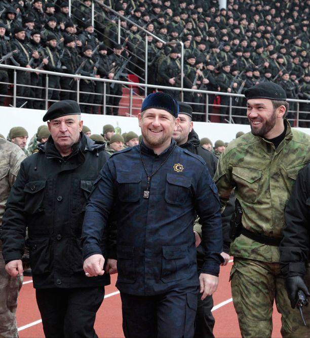 Ramzan Kadyrov hehkutti murhaepäiltyä uskolliseksi patriootiksi.