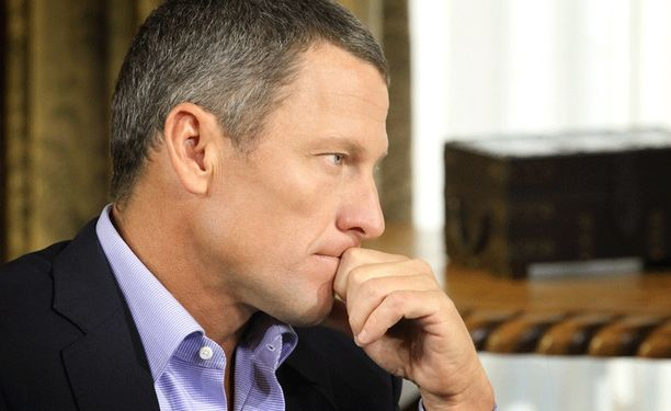 Lance Armstrong tunnusti dopingin käytön Oprah Winfreyn haastattelussa tammikuussa 2013.