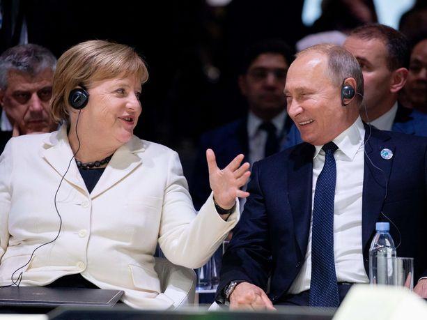 Angela Merkelillä ja Vladimir Putinilla oli hauskaa yhdessä.