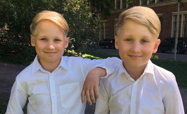 Eino ja Aapeli keikkailevat tulevana sunnuntaina Särkänniemessä.